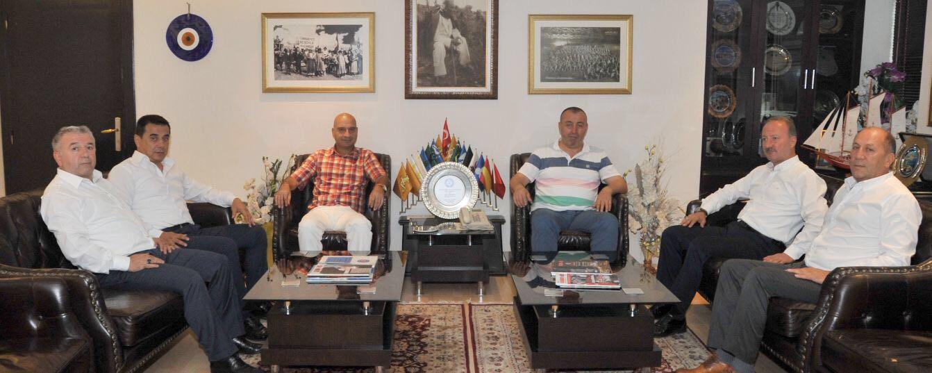 Genel Başkanımız İsmail ÖZKAR ve Sosyal Hizmetler Sekreteri Tekin EKİNCİ Bey Haber-İş Sendikası Genel Başkanı Sn Veli SOLAK'ı Makamında Ziyaret Etti