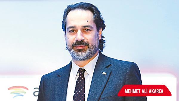 Mehmet Ali Akarca: Londra'ya kafa tutup Türkiye'yi veri merkezi üssü yapacağız